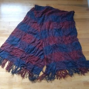 3/$15 H&M blue and red classic blanket scarf